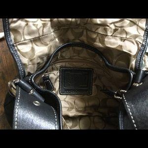Coach Bags - Coach bag mini🐝